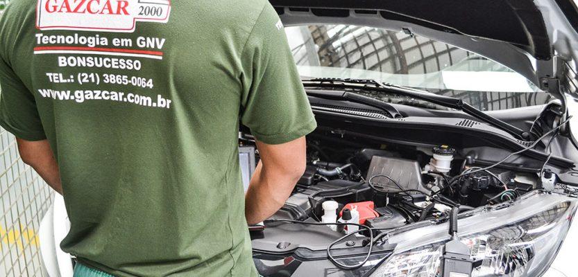 Alta do combustível faz crescer a conversão de carros para o GNV
